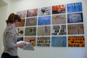 Schrift Zeichen Spuren Galerie Livingroom, Köln März 2007
